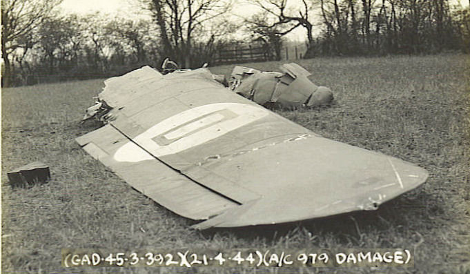 crash21Apr44